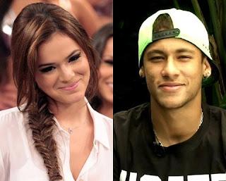 Até hoje existem fãs que torcem para que Bruna Marquezine volte a namorar Neymar. Alguns ainda usam as redes sociais para dizer que querem a ver com ele novamente. De acordo com a colunista do Portal R7 Fabíola Reipert, Neymar estaria até pensando em reatar.