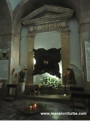 El Trono de Dios, Catedral de Tacámbaro