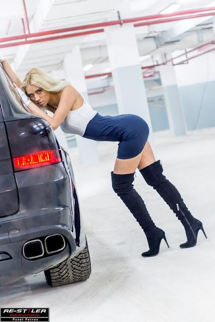 девушка с Porsche Cayenne MAGNUM