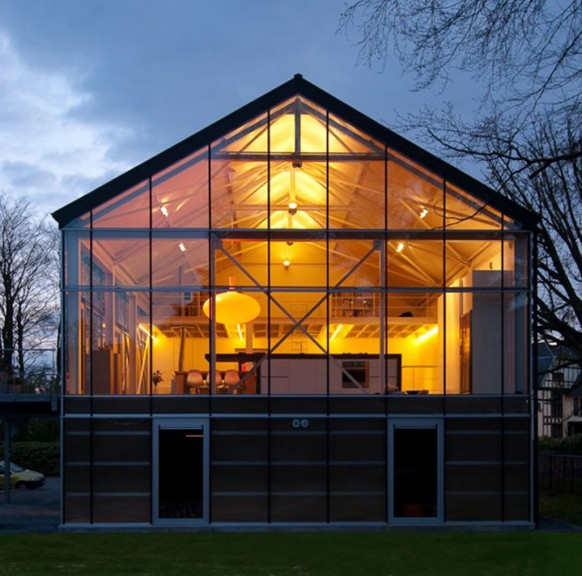 Modern designs eco friendly green house carl verdickt for Best eco friendly house designs