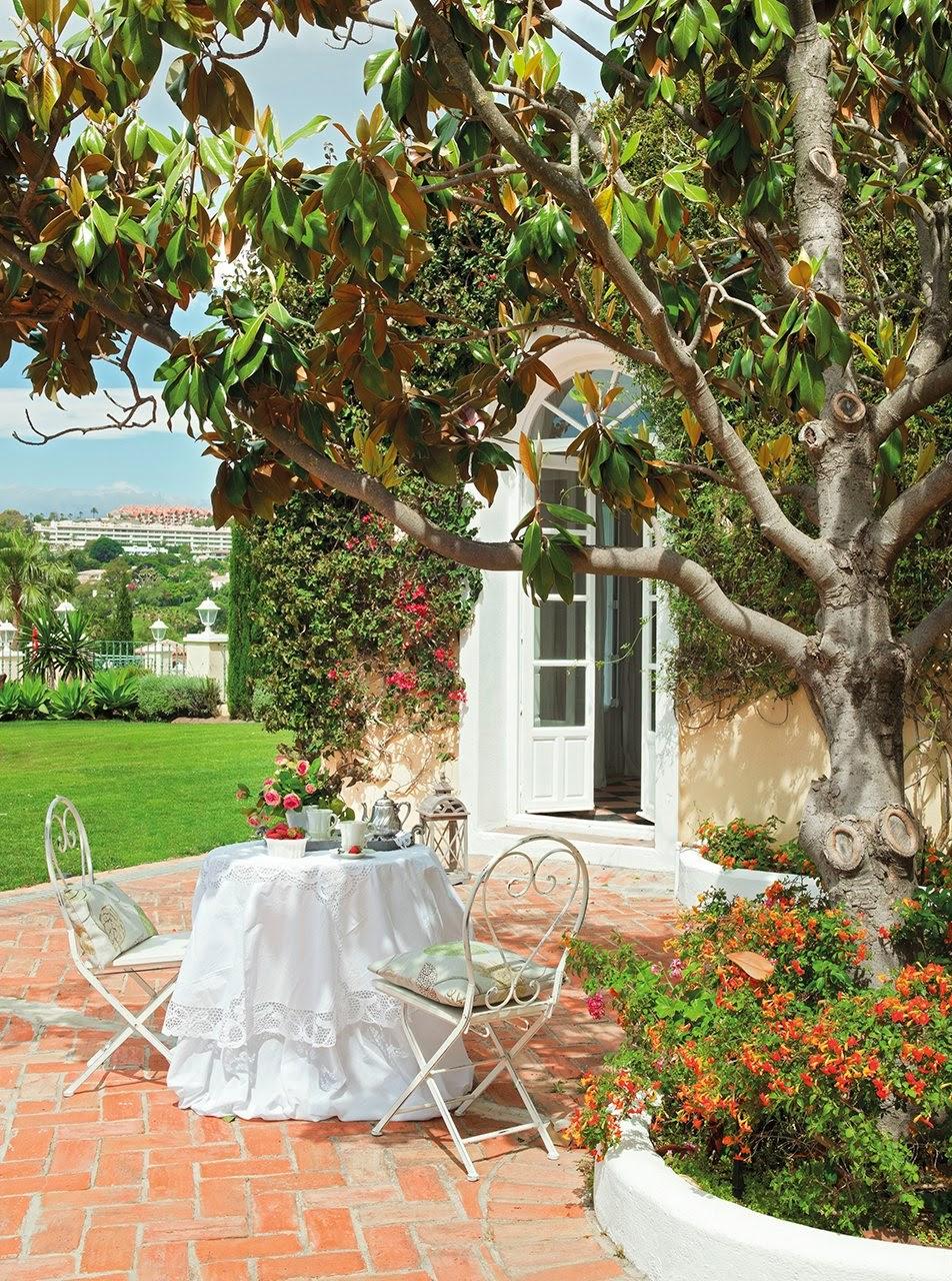 Blog by nela una casa abierta al jardin for Jardines en casas pequenas fotos