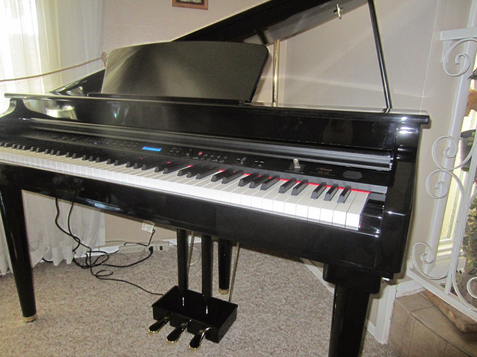 Baby Grand Piano Specifications
