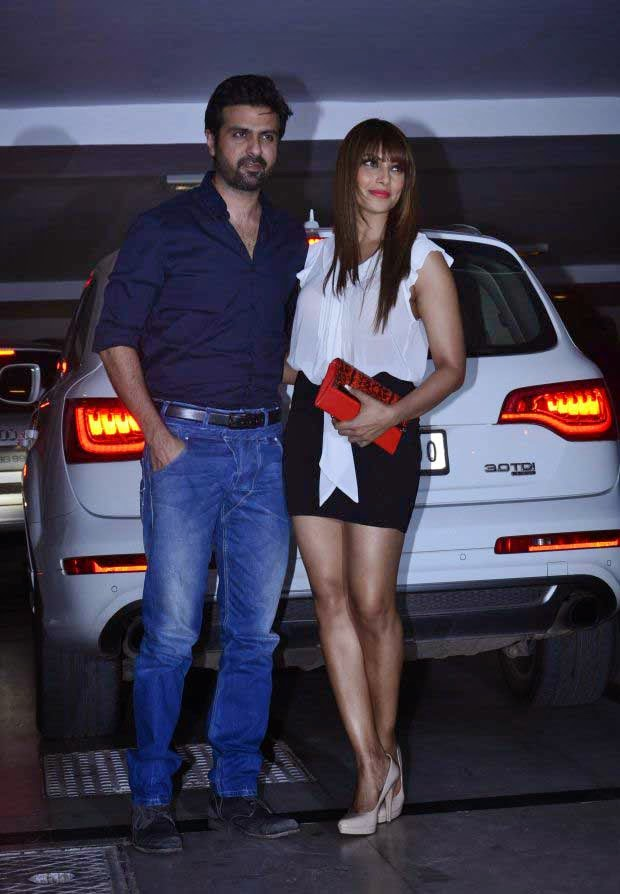 Bipasha Basu at Karan Johar Birthday party