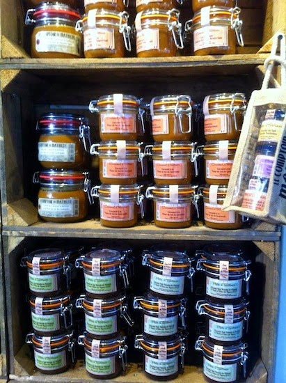 Spreads in jars in Le Comptoir de Mathilde