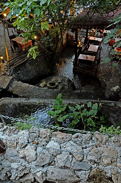 Греция Крит Аргируполи антикристо баранина водопады таверны.Greece Crete Argyroupolis antichristo lamb waterfalls tavern
