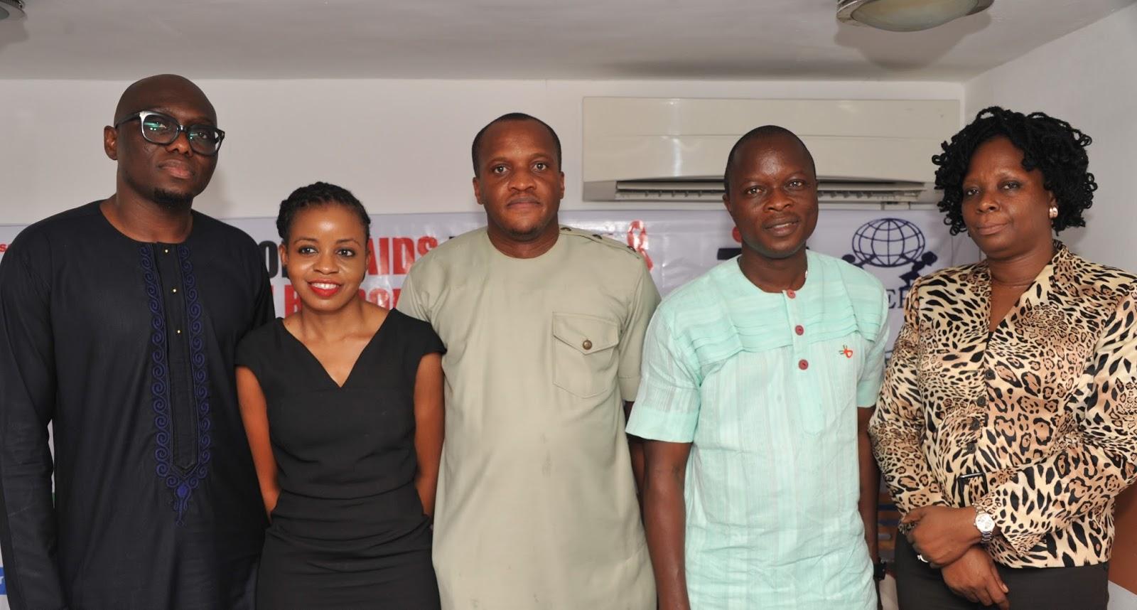 L r communications manager coca cola nigeria limited sam umukoro executive director youth empowerment and development initiative anuoluwa ishola