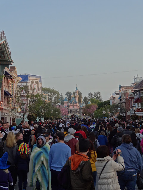 Leap Day Disneyland Main Street crowd