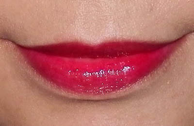 L'Oreal Color Caresse Wet Shine Stain - Infinite Fuchsia Swatch