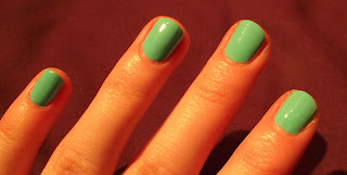 New Barry M Gelly Hi- Shine Nail Paint Polish Swatch- 305 Green Berry GNP 12