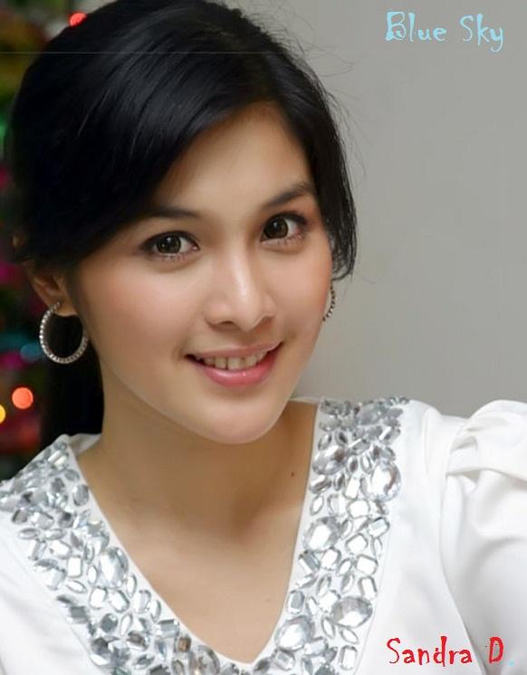 Foto Sandra Dewi - Artis Indonesia Cantik