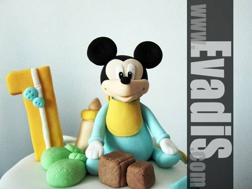 Baby Mickey Mouse Sugarpaste design
