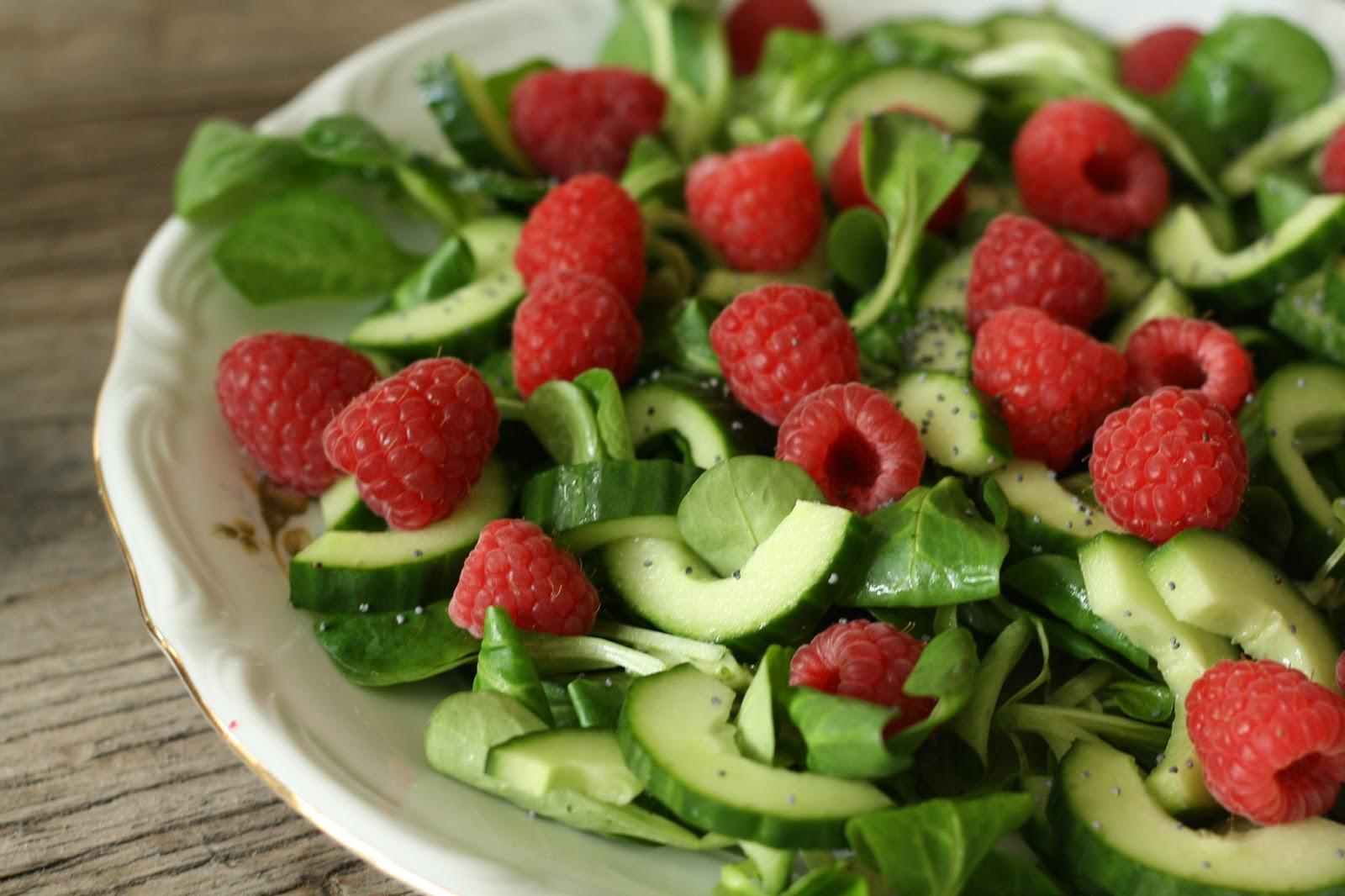 Missmuffin Salat Med Hindbær Agurk Og Birkes Dressing