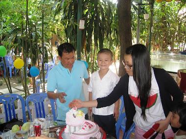 Sinh nhật bé Quốc Khánh