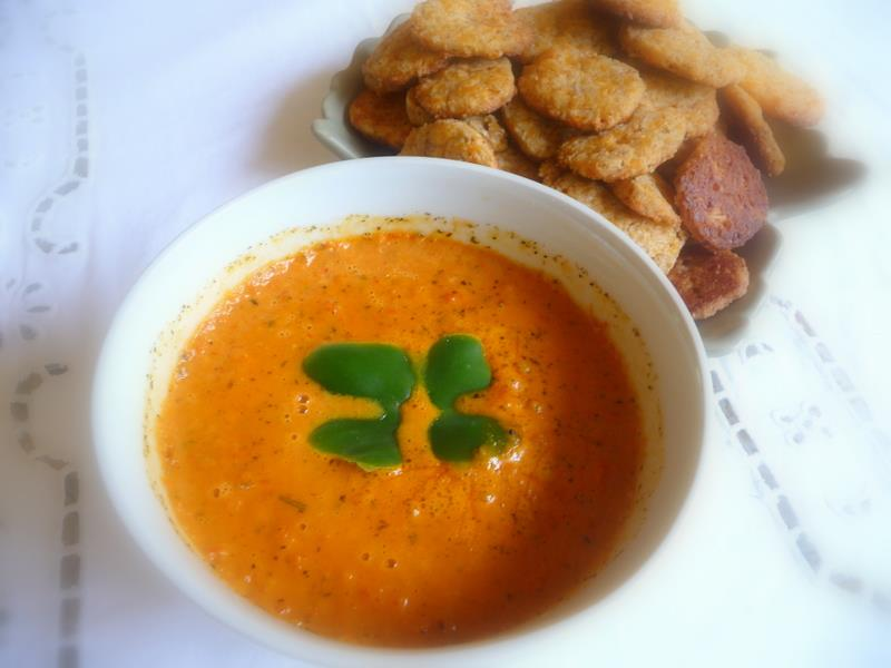 ... LOW-CARBING BY JENNIFER ELOFF: Roasted Pepper, Tomato and Cheddar Soup