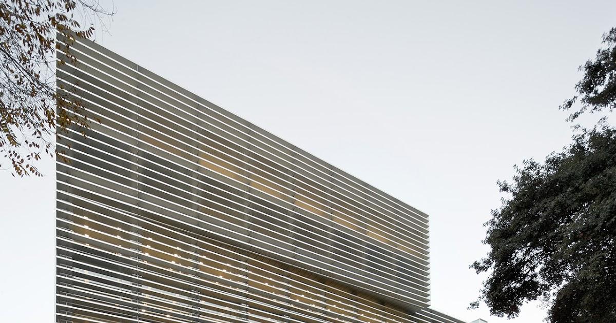Oficinas de la seguridad social en el raval bcq arquitectes for Oficina seguridad social terrassa