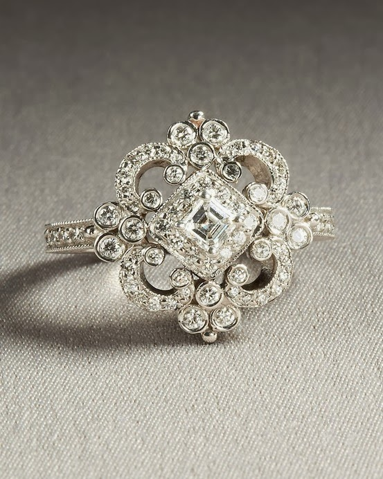 Charming and Elegant Shiny Diamond Wedding Ring