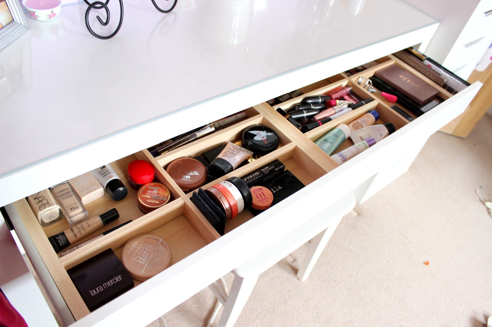 Jessica Charlotte My Makeup Storage