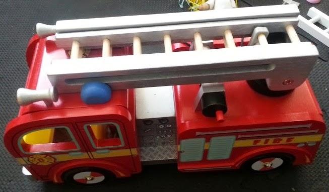 Le Toy Van Wooden Fire Engine