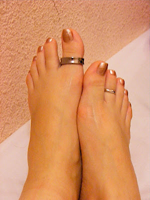 Fashion and Art Trend: Toe Ring Fashion Trend