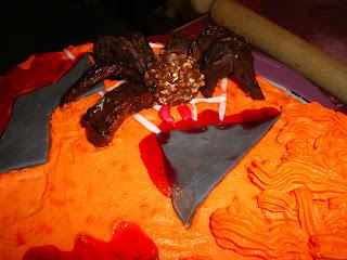pasta-di-zucchero-torta-zucca-halloween-ragno-spider-sangue-blood
