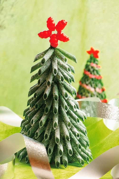 Christmas craft creative pasta ornaments and more - Christmas tree craft ideas ...