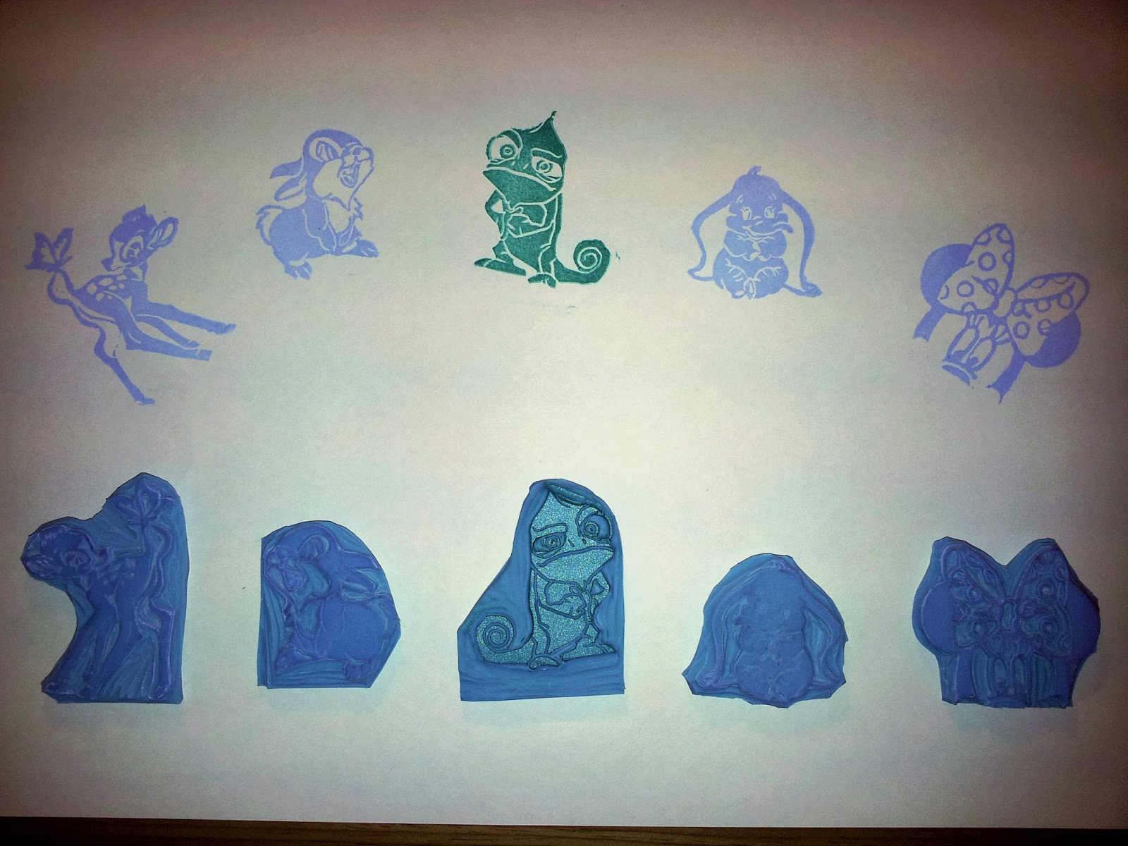 sellos de goma hechos a mano dedicados a disney
