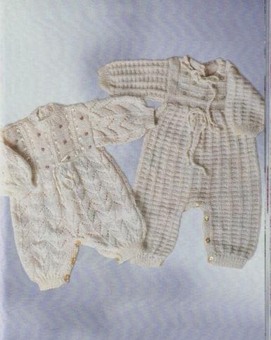 Enteritos Abotonados de Bebé tejidos a Dos Agujas