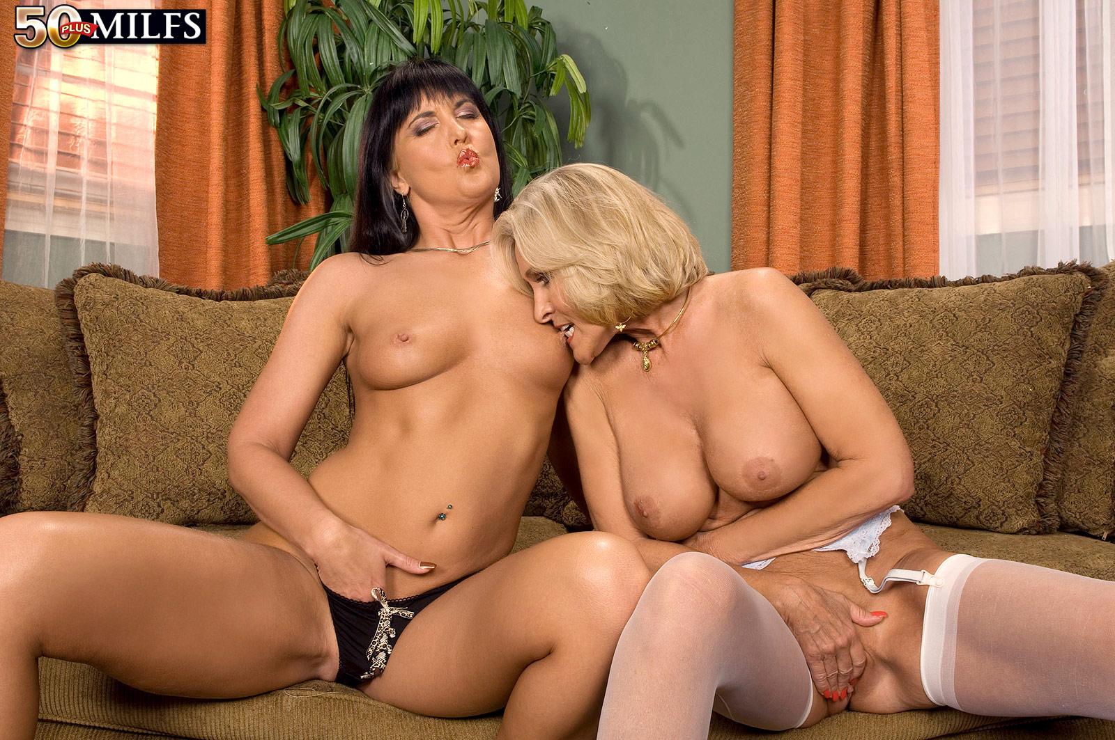 Milf anal bang