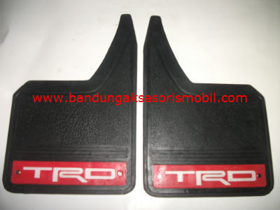 Mudguard Exclusive Sedan TRD Merah