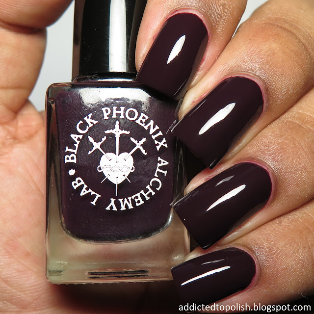 black phoenix alchemy lab claw polish spellbound