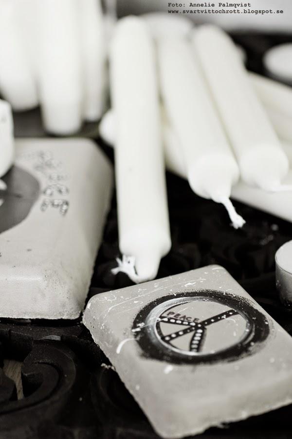 betongplatta, betong, betongplattor, måla på betong, peace, svart och vitt, pyssel, pyssla, diy, inredning,