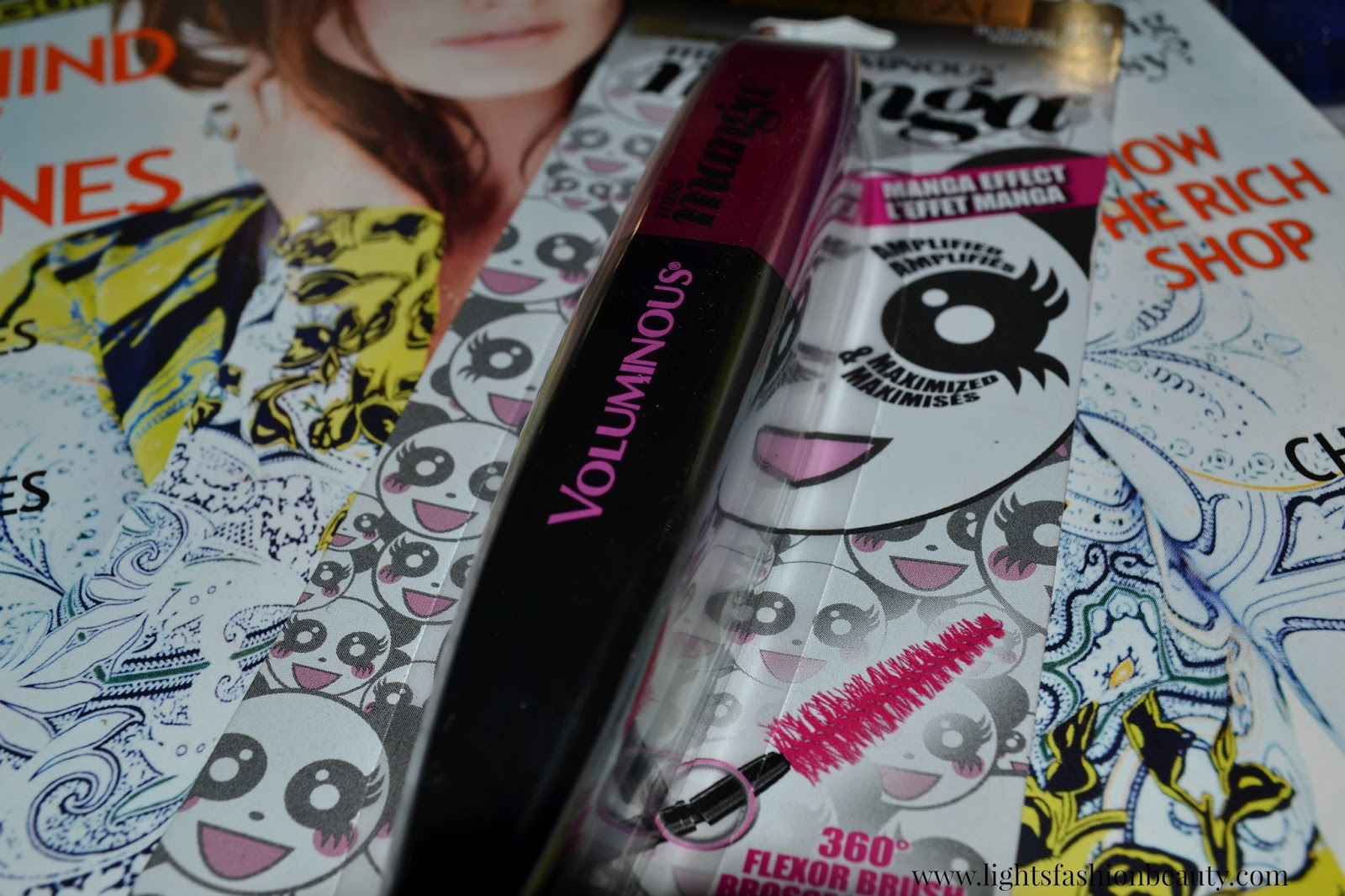 L'Oréal Miss Manga Mascara , miss manga mascara, loreal miss manga, new drugstore mascara, loreal mascara review, miss manga mascara review, beauty, montreal beauty blog, canadian beauty blog, blog beauté montréal, lightsfashionbeauty, canadian blog lightsfashionbeauty, brown beauty,