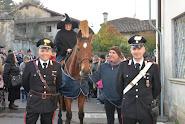Il nucleo radiomobile vimercatese ha scortato la Befana del Carabiniere 2016.