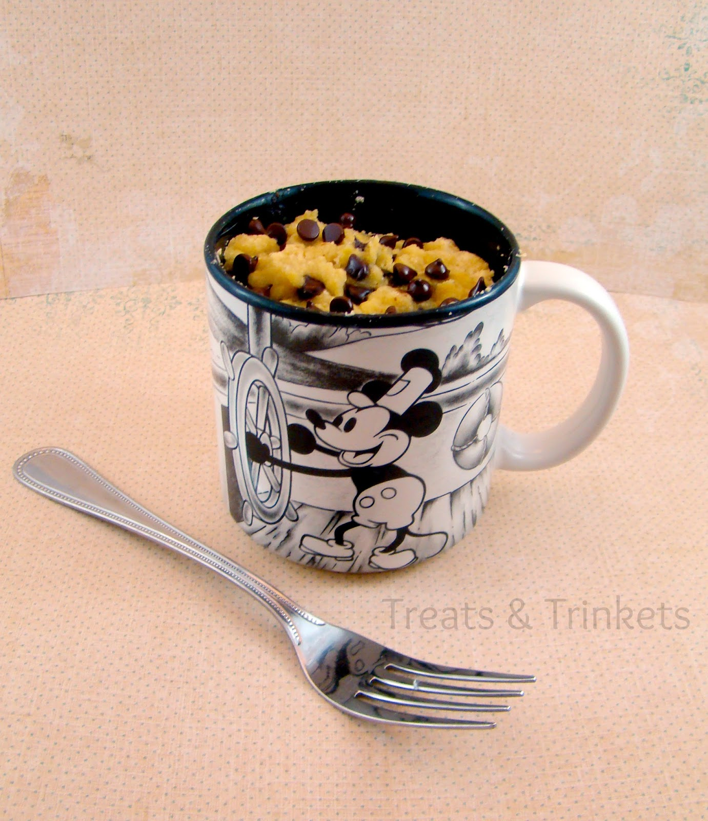 Treats & Trinkets: Banana Chocolate Chip Mug Cake