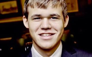 Echecs : Magnus Carlsen a remporté le championnat du monde face à Vishy Anand