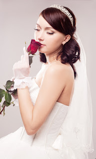 If The Ring Fits WEDDING HAIRSTYLES FOR THE BRIDE