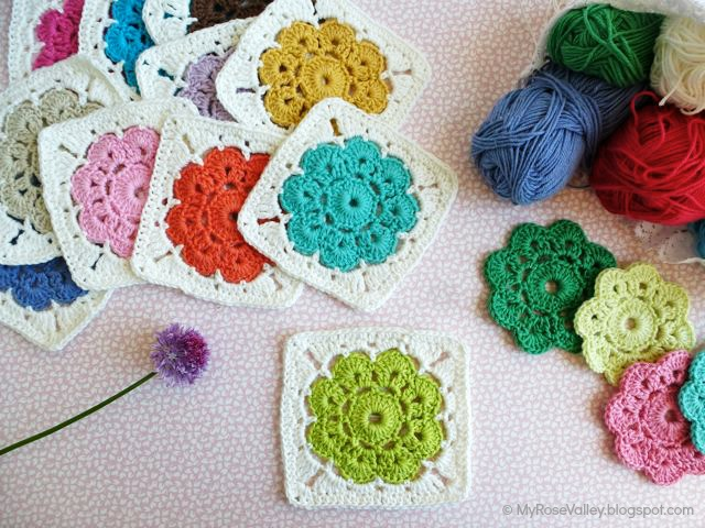 Crochet Pattern Granny Square With Flower : My Rose Valley: Maybelle Square Crochet Pattern