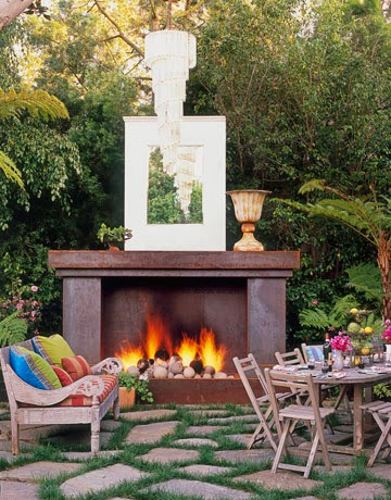 Outdoor inspiration 7 awesome backyard and patio house for Garden seating ideas on a budget