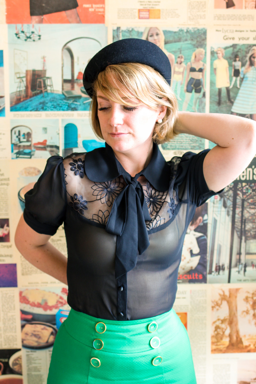 @findingfemme wears Voodoo Vixen black blouse with Review Australia green pencil skirt.