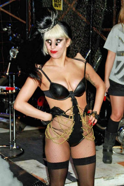 lady gaga hot sexy pics photos black colored dominatrix costume