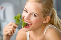 makanan pencegah bau mulut