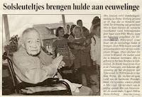 Mia Janssen als honderdjarige gevierd in Home Heiberg