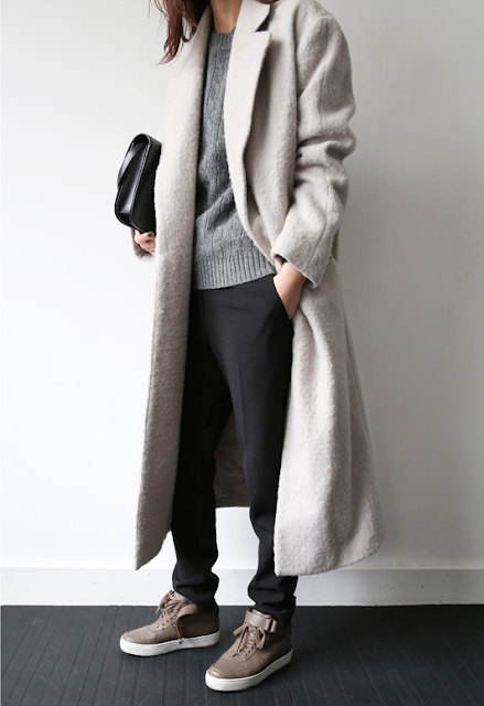 grey coat, winter fashion trainers, sneakers with winter coat,