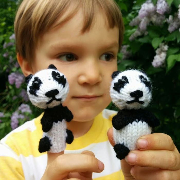 Fuzzy Thoughts: Wee Panda Toy and Finger Puppet