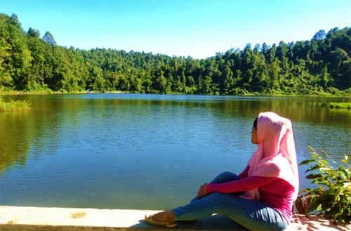 Foto Wisata Situ Gunung