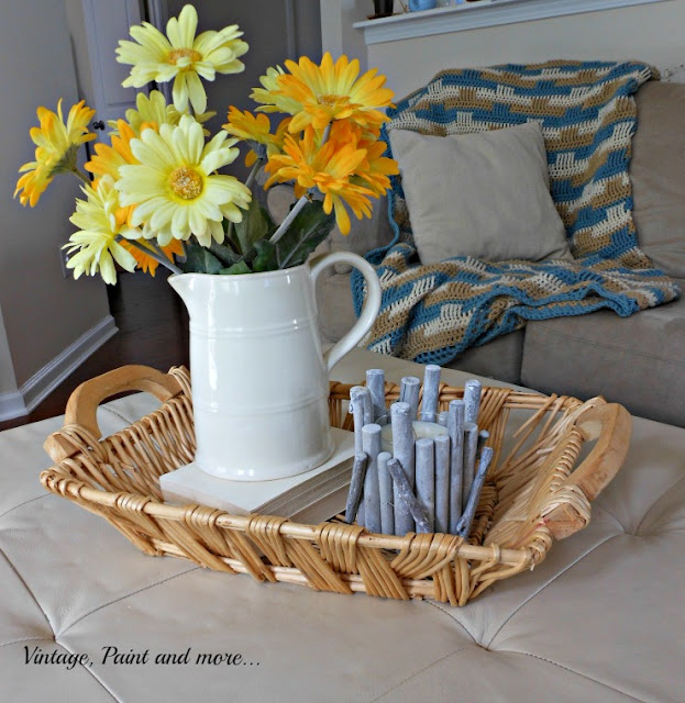 Vintage, Paint and more... A simple summer vignette