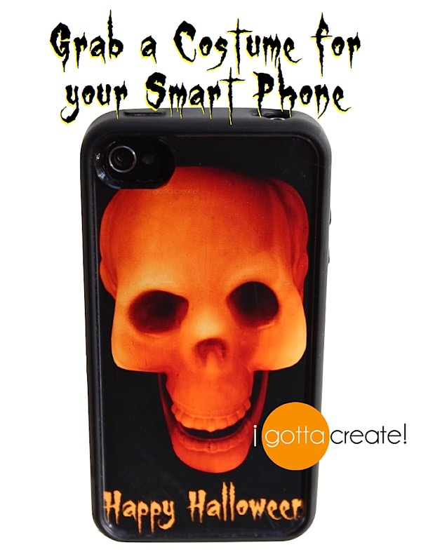 FREE smart phone clear case Halloween Printable. Sized for iPhone 4&5 and Samsung 3&4. | Download at I Gotta Create!