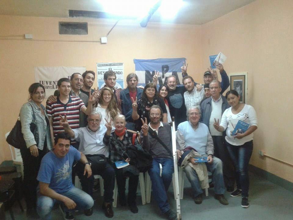 """PROYECCIÓN-DEBATE EN EL CENTRO DE ESTUDIOS SOCIOECONÓMICOS """"ROBERTO CARRI"""""""
