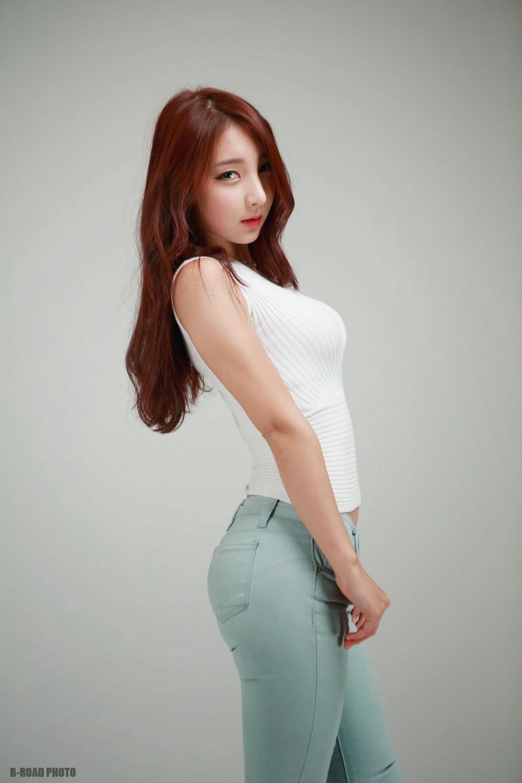 3 Mina - In Tight Blue Jeans - very cute asian girl-girlcute4u.blogspot.com