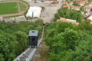 Spre Cetatea Deva cu funicularul